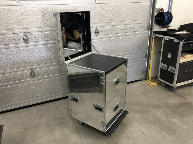 Coffre miroir bureau mobile